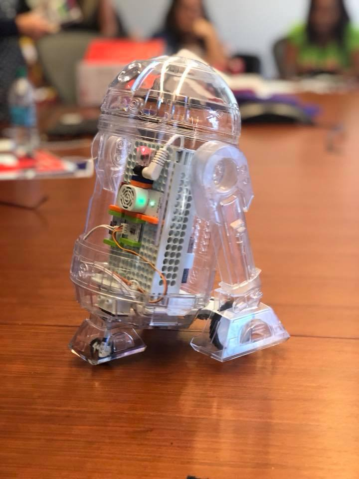 The Best Toy this Christmas: littleBits STAR WARSDROID™ INVENTOR KIT