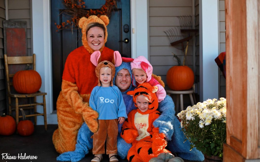 Halloween Costumes for Moms – 20 Ideas that are sure to win any costume contest