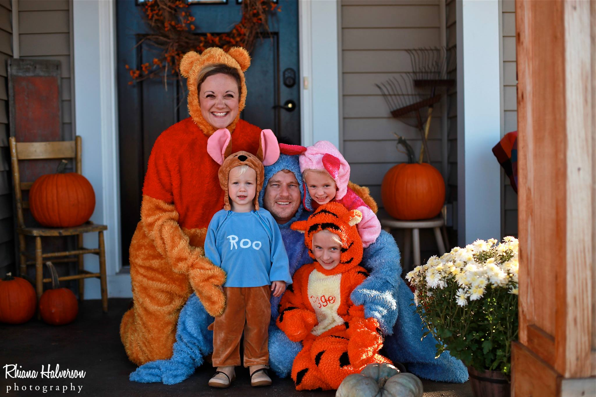 b2a0a32d450b Halloween Costumes for Moms - 20 Ideas that are sure to win any ...