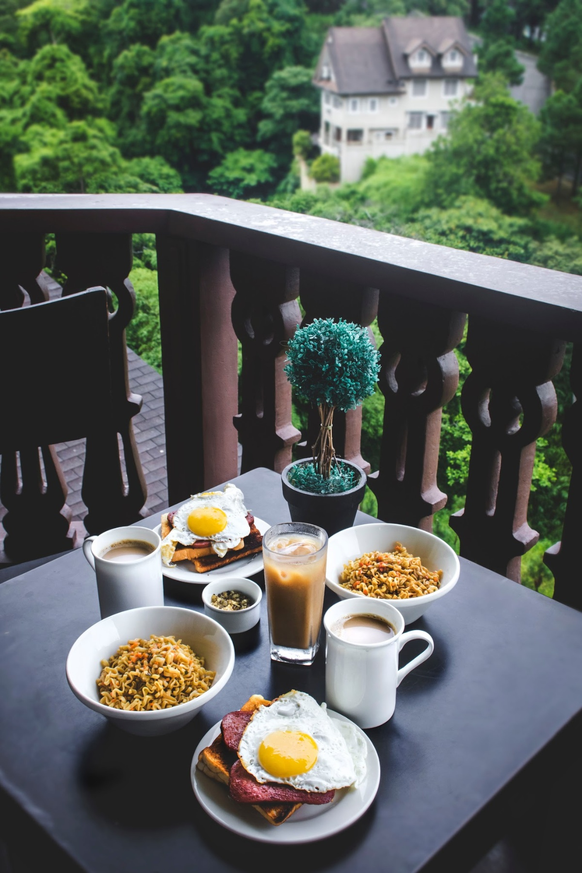 Romantic getaway at a bed and breakfast