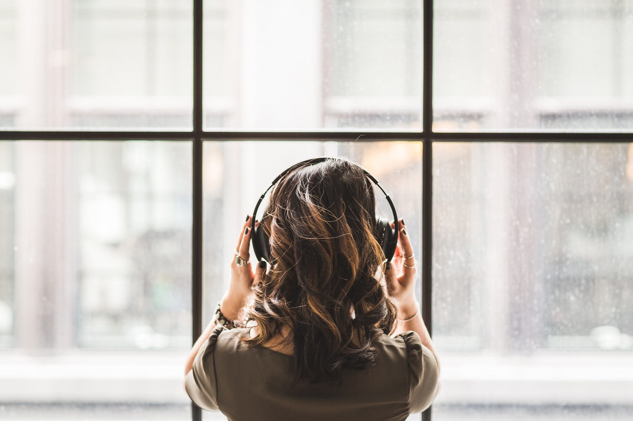 15 Audio Drama Podcasts to Distract You