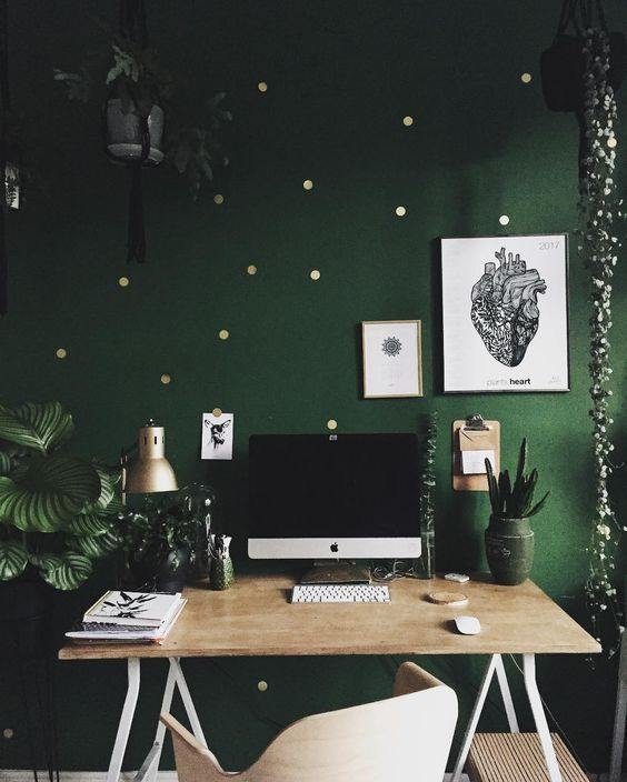 Green and gold home office, how to decorate my home office.